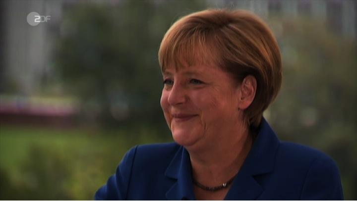 Angela_Merkel_Sommerinterview_2013_Freude_4